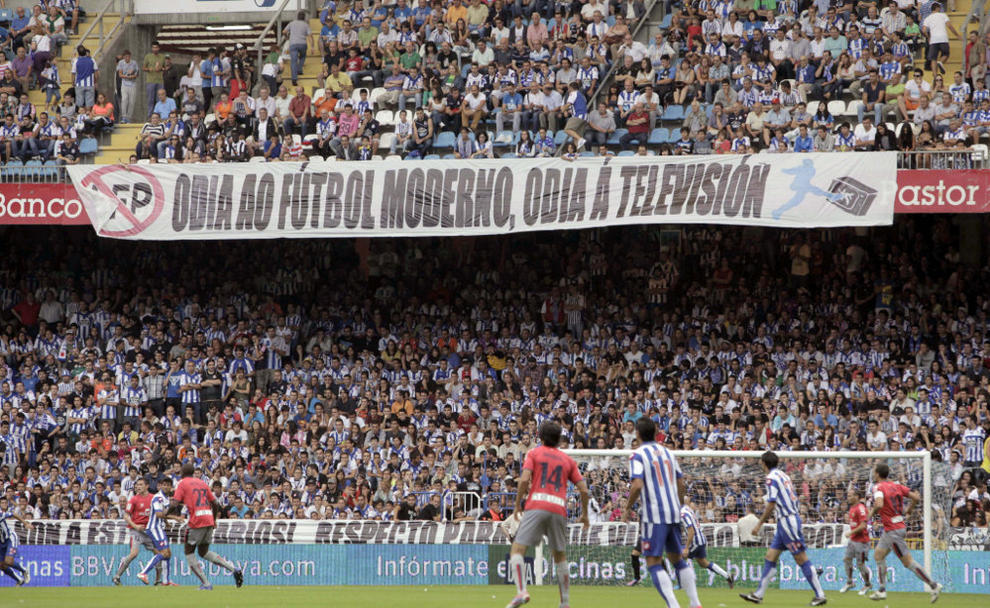 hooliganism in sports essay The most important feature of contemporary hooliganism is the taking and holding of 'ends' away supporters, especially those from clubs with 'hooligan' reputations, try to drive home supporters from their traditional end( holt, 1992) in this decade, male youth gradually became a community on its own, distinct from the patriarchal concepts of.