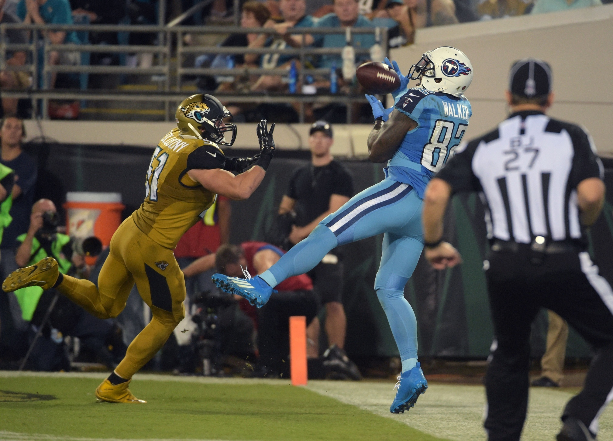 Delanie Walker is quickly establishing himself as one of the best TEs in the game. Photo by Kirby Lee-USA TODAY Sports & NFL DFS Week 12: The Sunday Crossword - VICE Sports 25forcollege.com
