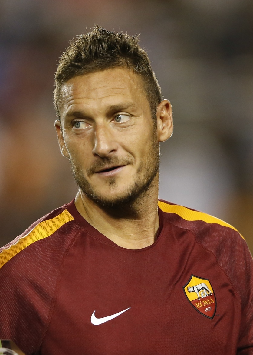 The Last Days Francesco Totti Are Not About Francesco Totti