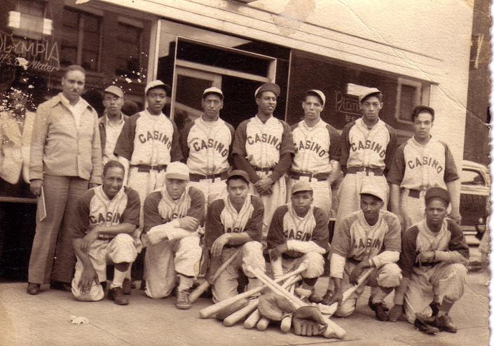 Throwback-thursday-jimmy-claxton-briefly-breaks-baseballs-color-barrier-body-image-1464271071