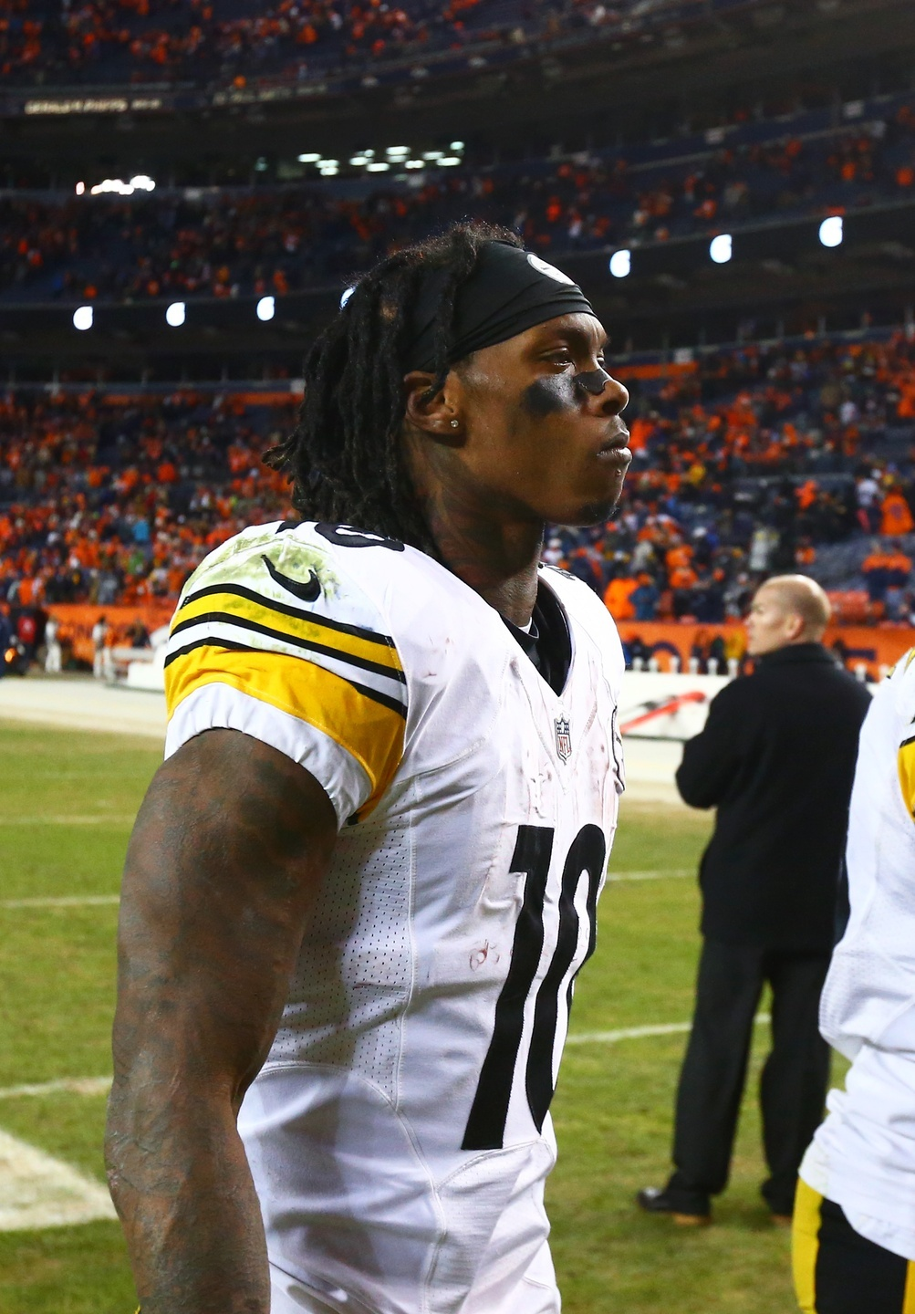 Martavis Bryant s suspension leaves the Steelers looking for a No. 2  receiver. Mark J. Rebilas-USA TODAY Sports 1d91ff693