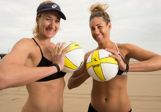 Kerri Walsh Jennings And April Ross At Manhattan Beach In 2017 Photo By Robert Hanashiro Usa Today Sports
