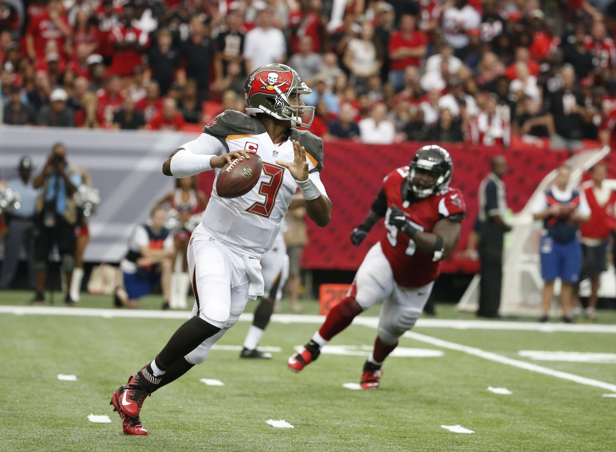 Jameis Winston Is a Human Highlight Reel But That s Not Enough