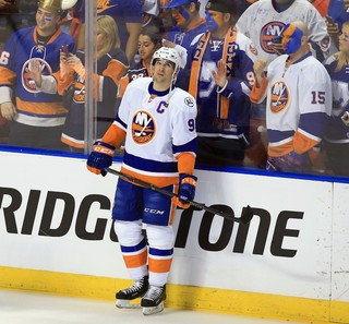 John Tavares is coming off his second straight 30-goal season. Photo by Bob  DeChiara-USA TODAY Sports 0e9a75085
