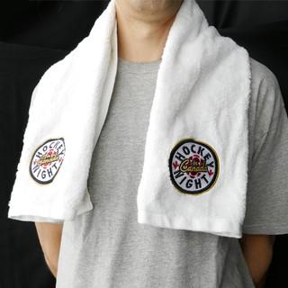 hockey-night-in-canada-towel-body-image-1486414309