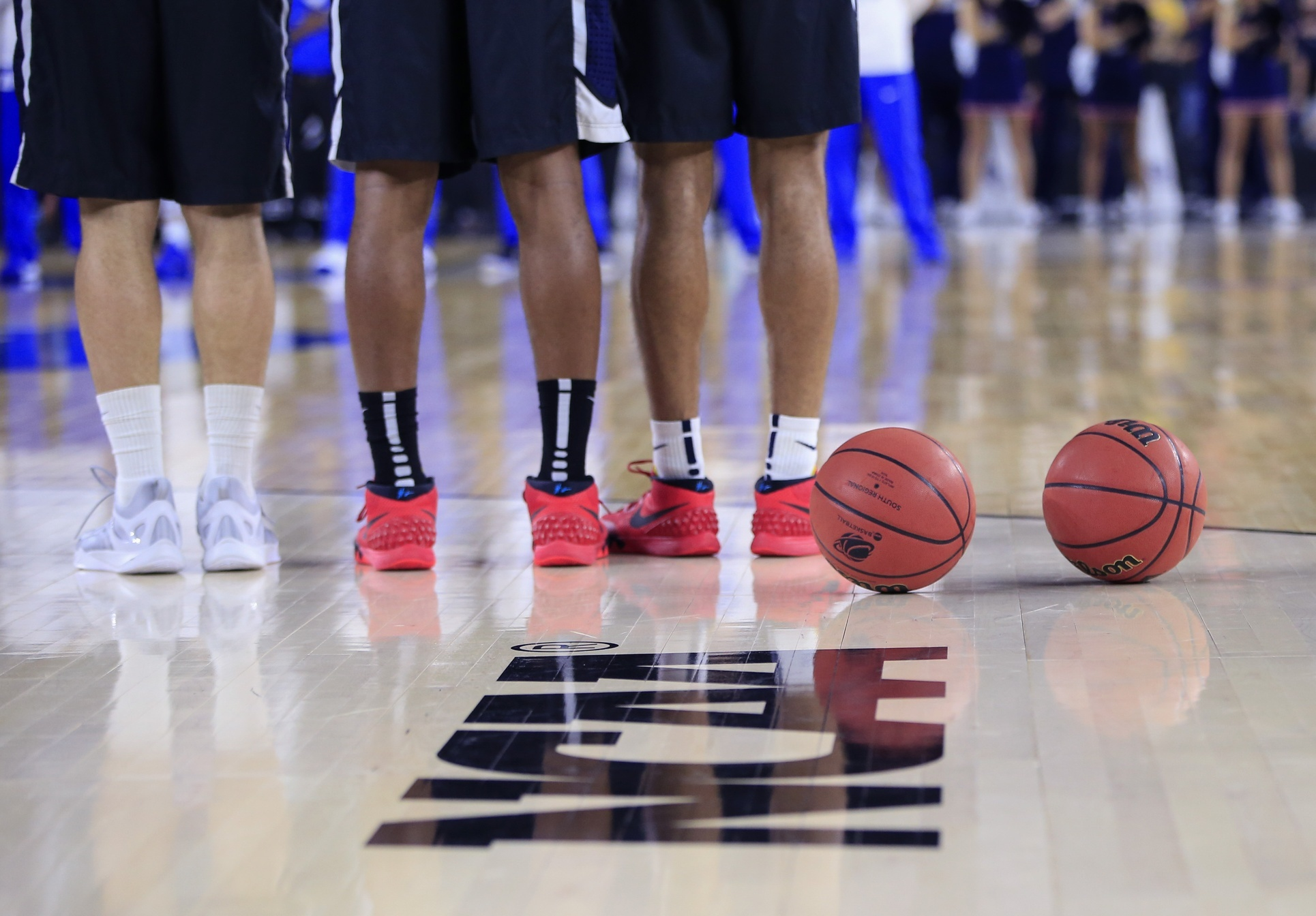should college athletes be paid for playing sports essay I introduction a how many times have you heard of college athletes being paid under the table or receiving gifts from the school they play for how many.