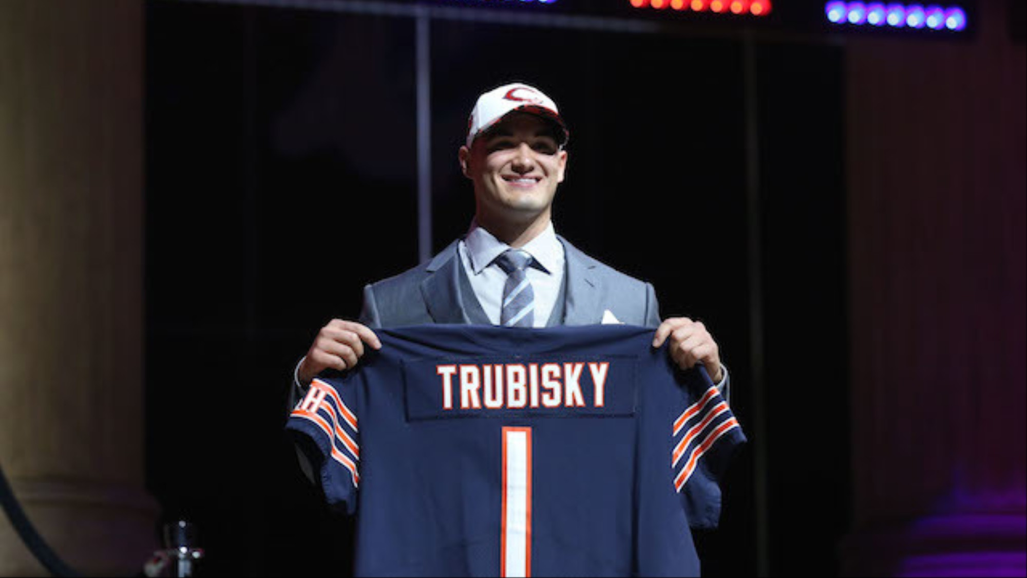 buy online fb165 d35f3 Mitchell Trubisky's Twitter Account is Insanely Good - VICE