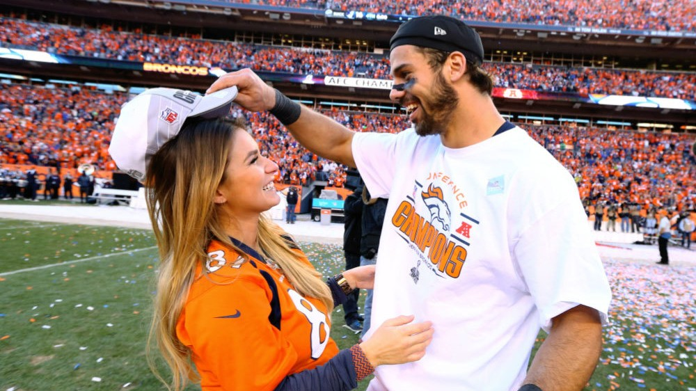 Eric Decker Misses OTA's to Attend CMT Awards, New York Media Already Handling it Well