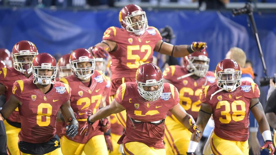 USC Football Team Doctor Admits to Ignoring FDA and NCAA Painkiller Regulations