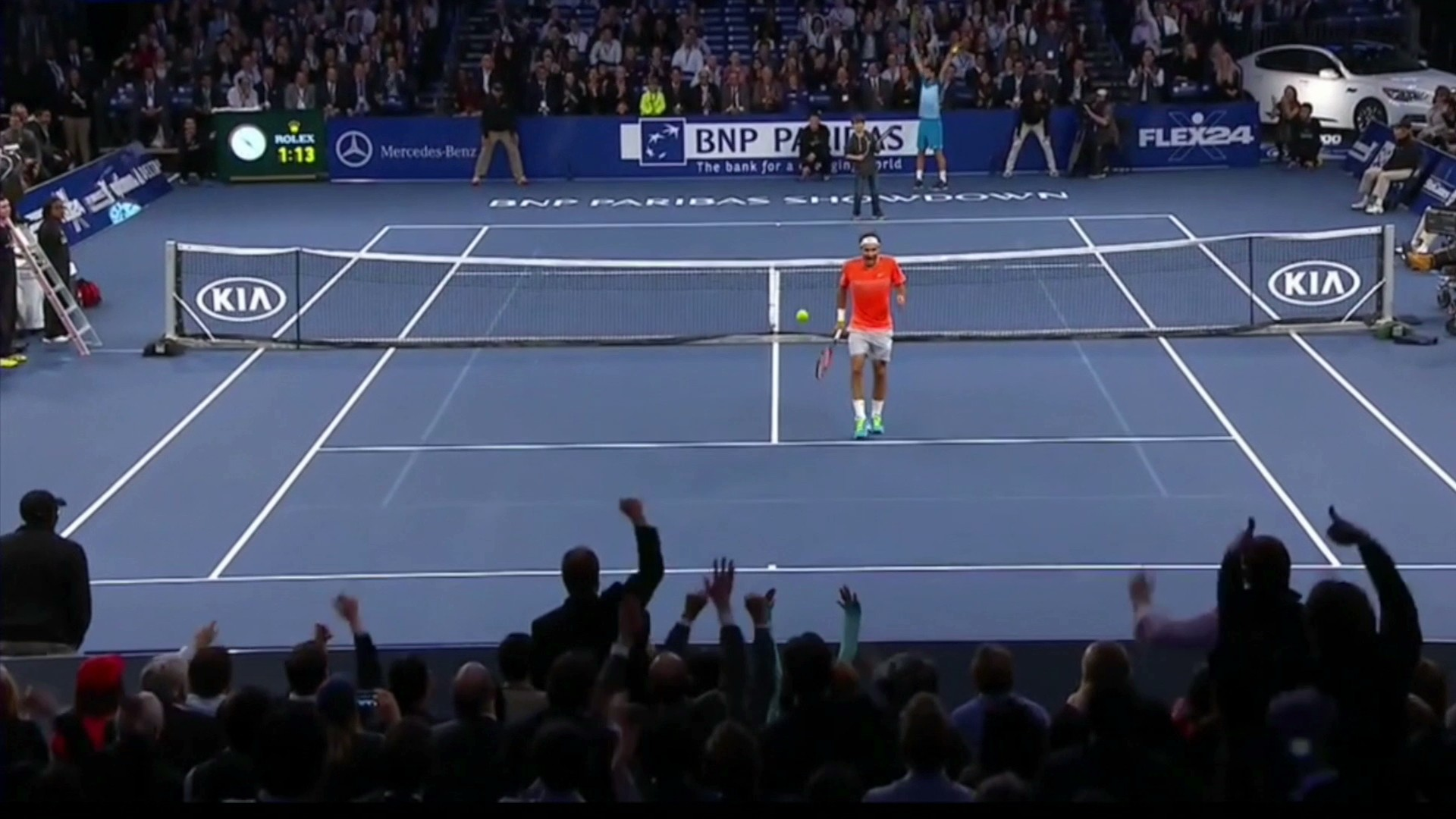 Little Kid Challenges Federer and Schools Him With Overhead Lob