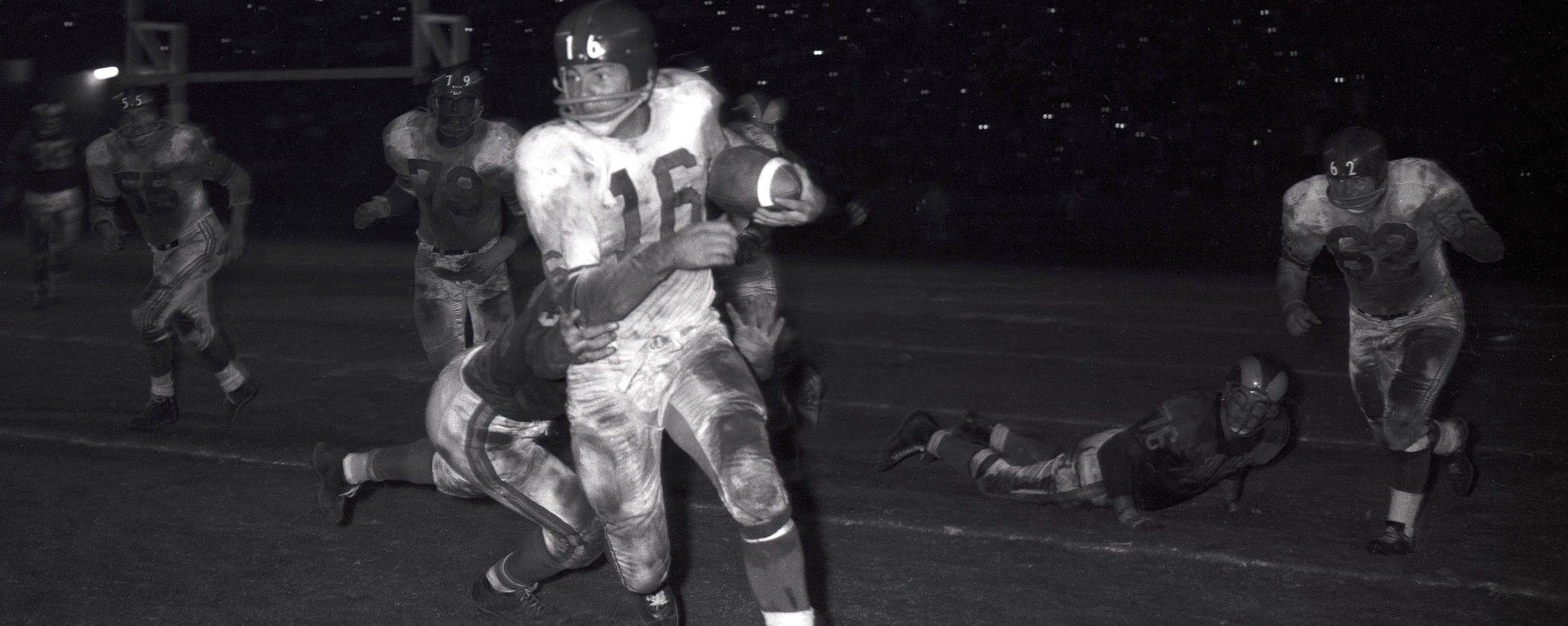 Frank Gifford Was a Hell of a Football Player