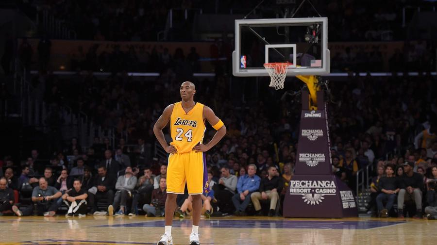 The Tragic And Totally Gripping Spectacle That Is End-Stage Kobe Bryant