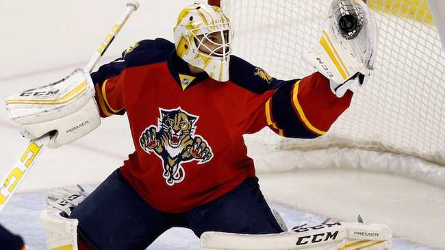 73b670ae37d The Panthers Are Relying Too Much on Roberto Luongo - VICE Sports