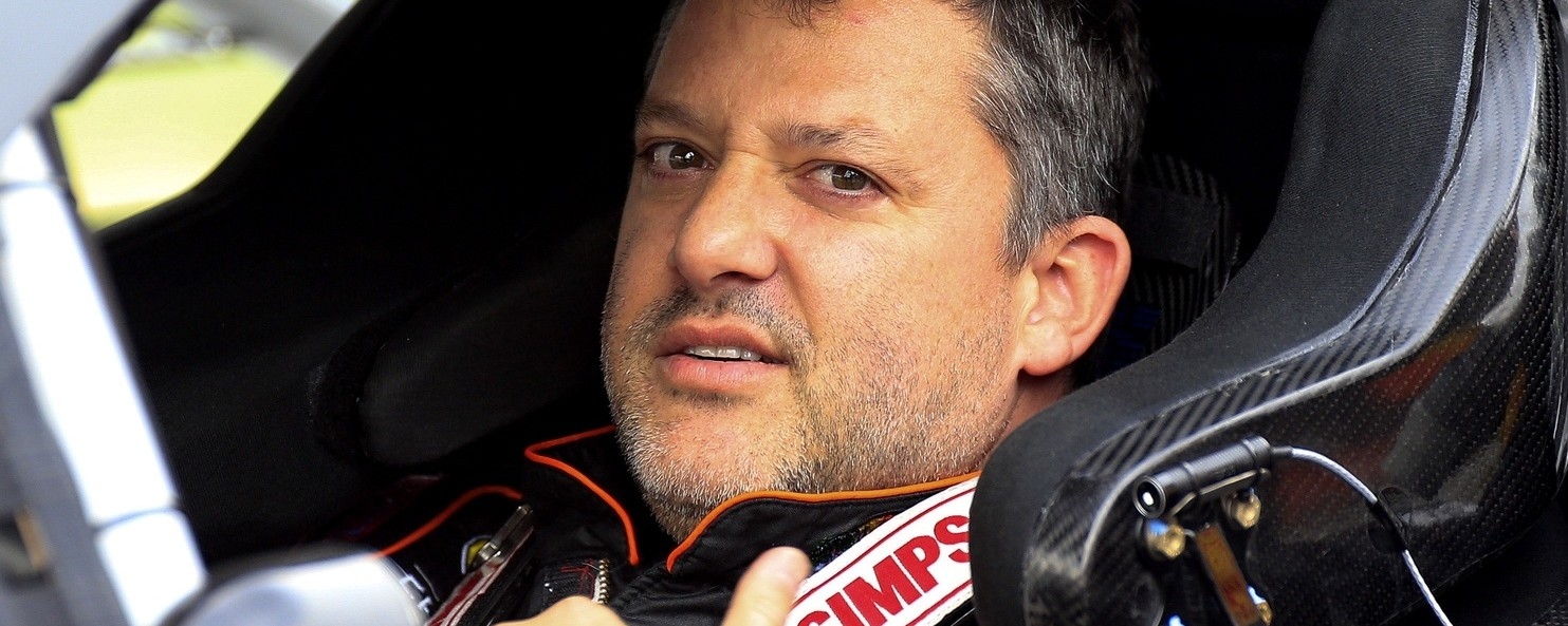 "Tony Stewart: I'm Not ""Deserving"" of Jeff Gordon Farewell Treatment"