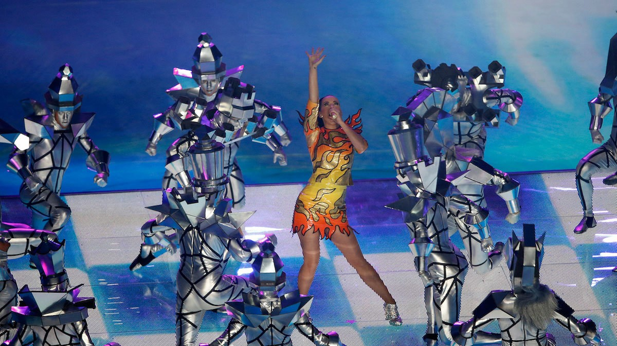 The Heart-Attack Moments Behind the Super Bowl Halftime Show