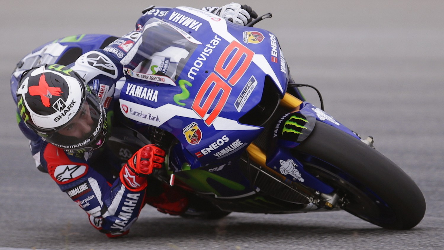 "MotoGP Champion Jorge Lorenzo: ""It's Normal that Yamaha Prefers Rossi to Win"""