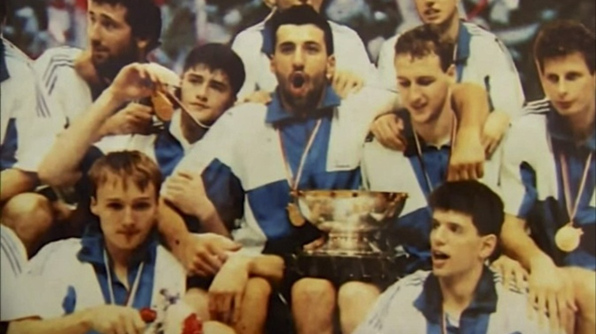"""How the 1990s Balkan Wars Destroyed Yugoslavia's """"Basketball Miracle"""" - VICE Sports"""