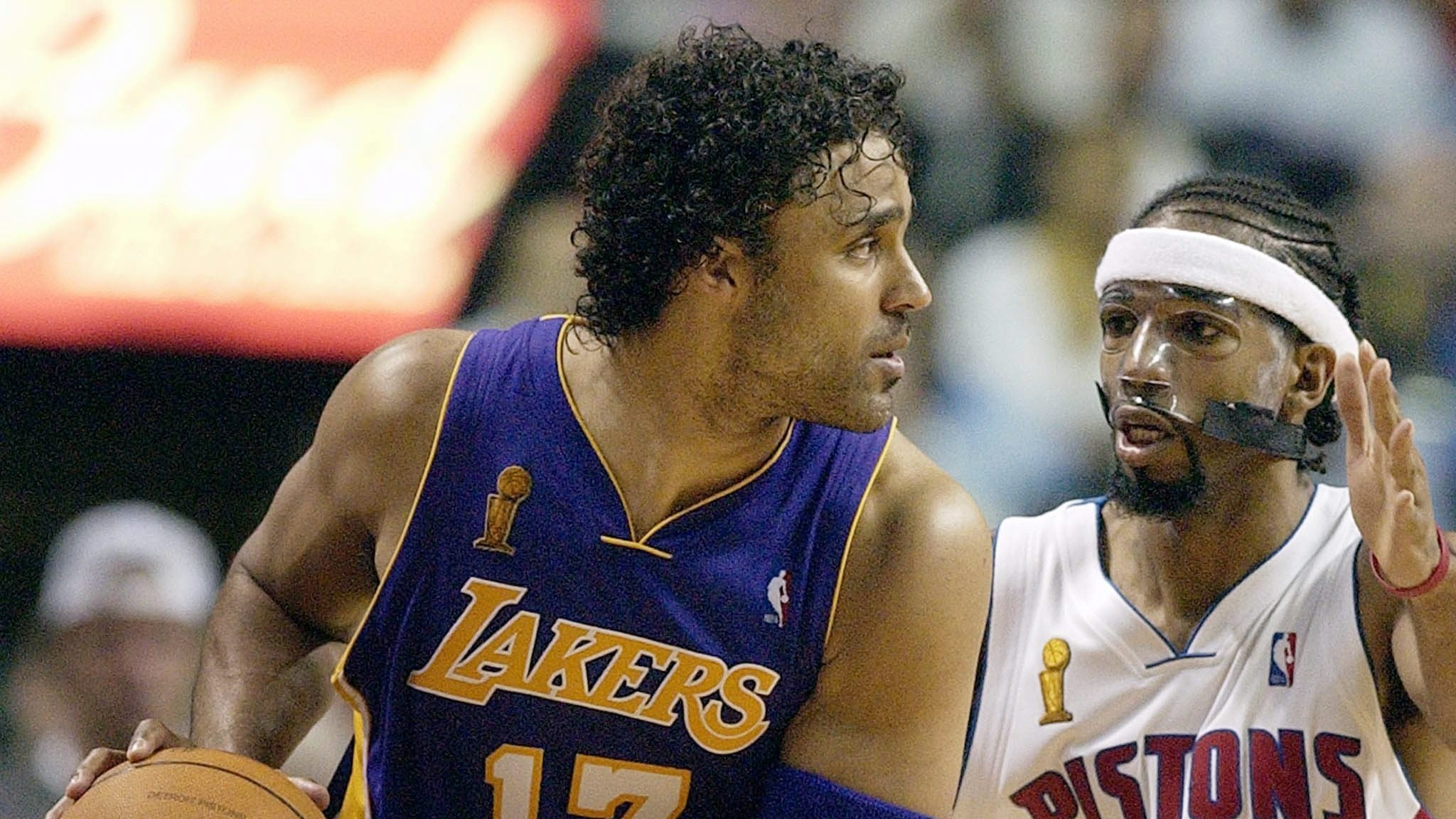 VICE Sports Q&A: Former Laker Rick Fox talks about his new Esports team