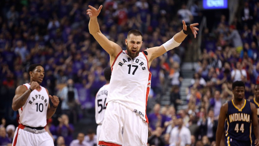 Valanciunas Saving Raptors from DeRozan's Disappearing Act