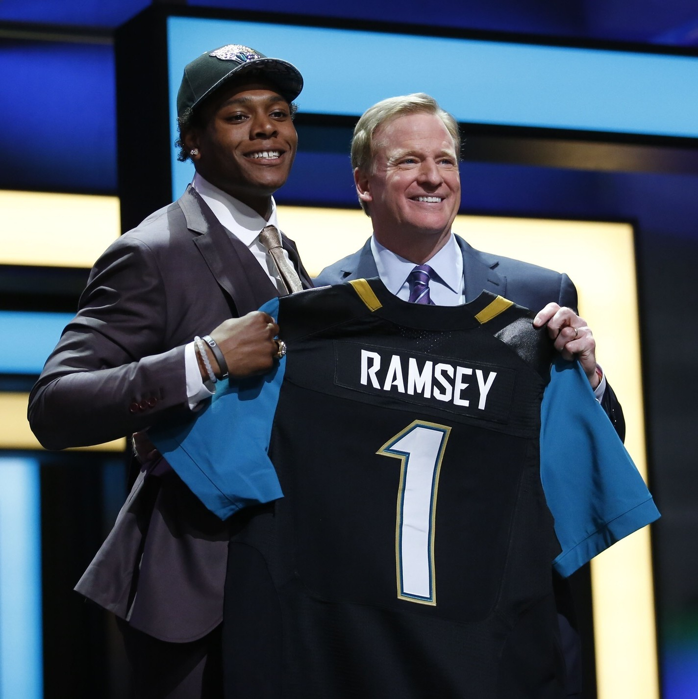 The-jacksonville-jaguars-won-the-2016-nfl-draft-but-does-that-mean-anything-1462217770.jpg?crop=0