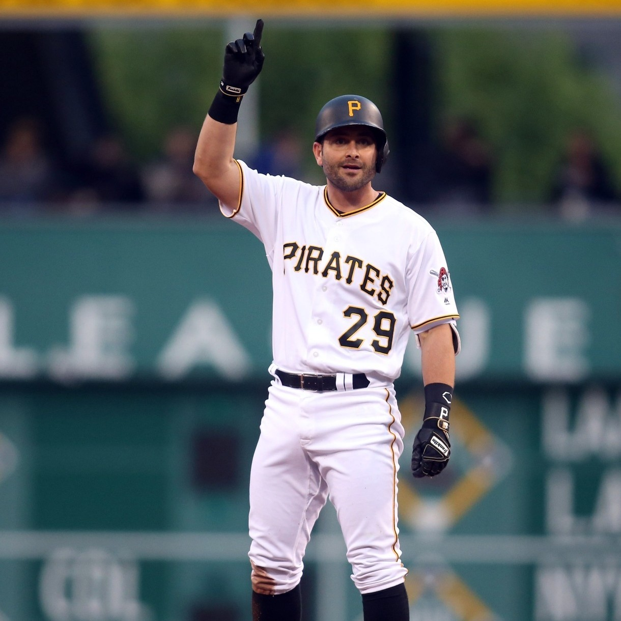 Francisco-cervelli-was-the-perfect-extension-candidate-for-the-pirates-1464707546.jpg?crop=1xw:0.7588757396449705xh;0xw,0