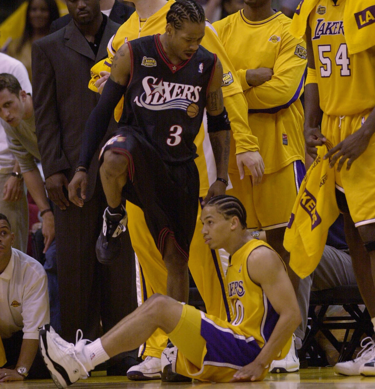 """""""Quintessential Philadelphia"""": 15 Years of Allen Iverson Stepping Over Tyronn Lue - VICE Sports"""