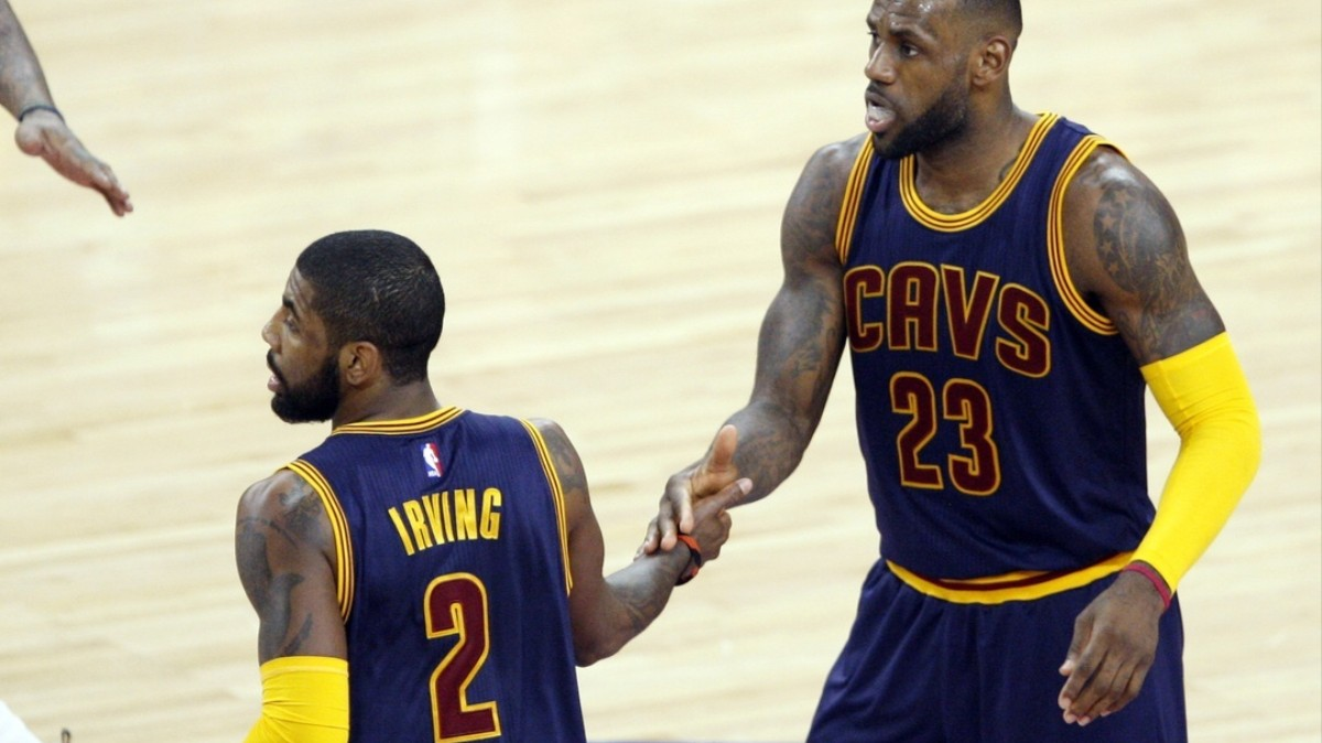 1f71e4e54aac LeBron James And Kyrie Irving Dominated The Warriors