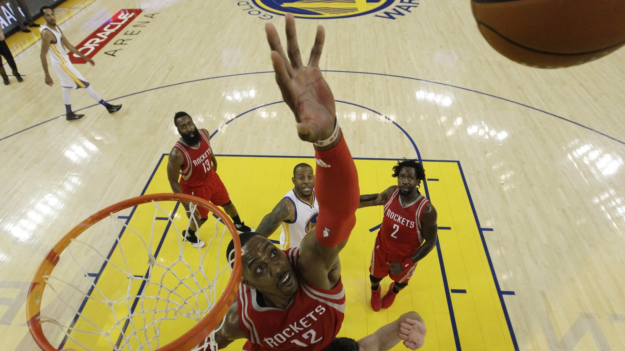 Superman, Looking for Work: The Strange Case of Dwight Howard in 2016