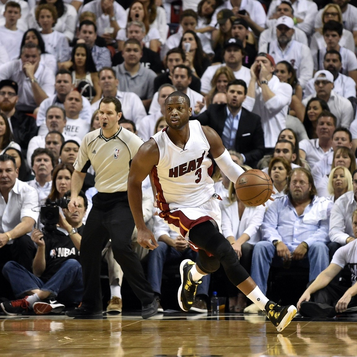 In-adding-dwyane-wade-the-bulls-show-theyd-rather-go-big-than-build-1467869767.jpg?crop=0
