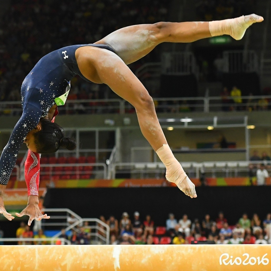 Should Gabby Douglas Be in the All-Around Final Tonight ...