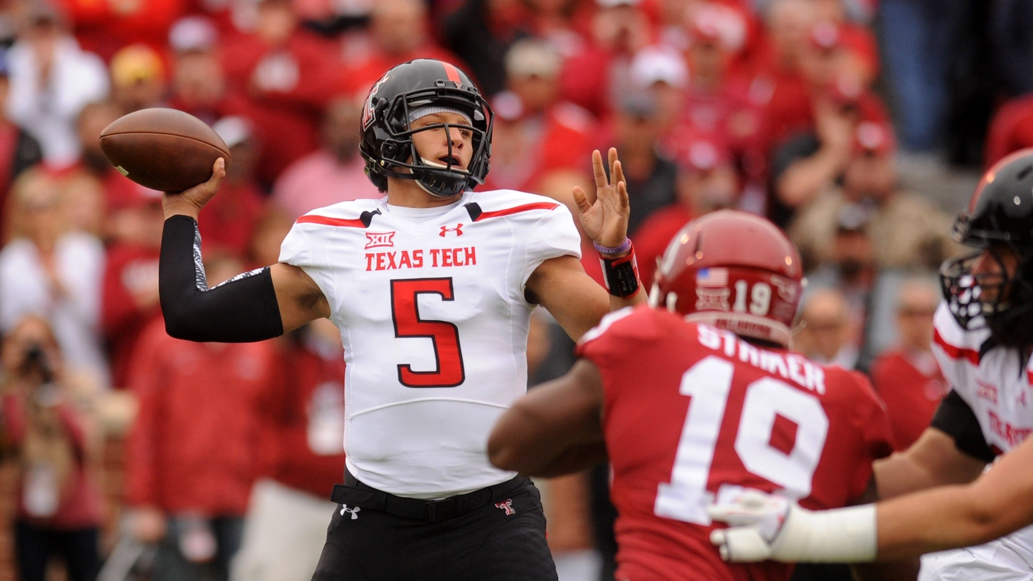 Patrick Mahomes Is The Future Of College Football's Spread Offense, And The Future Is Scary