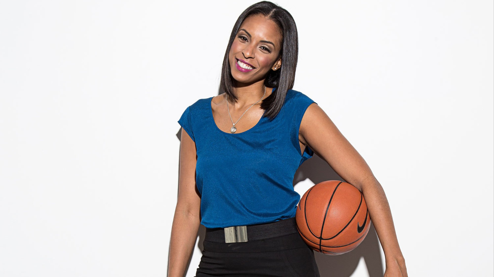 LaChina Robinson Wants to Be the Voice of Women's Basketball