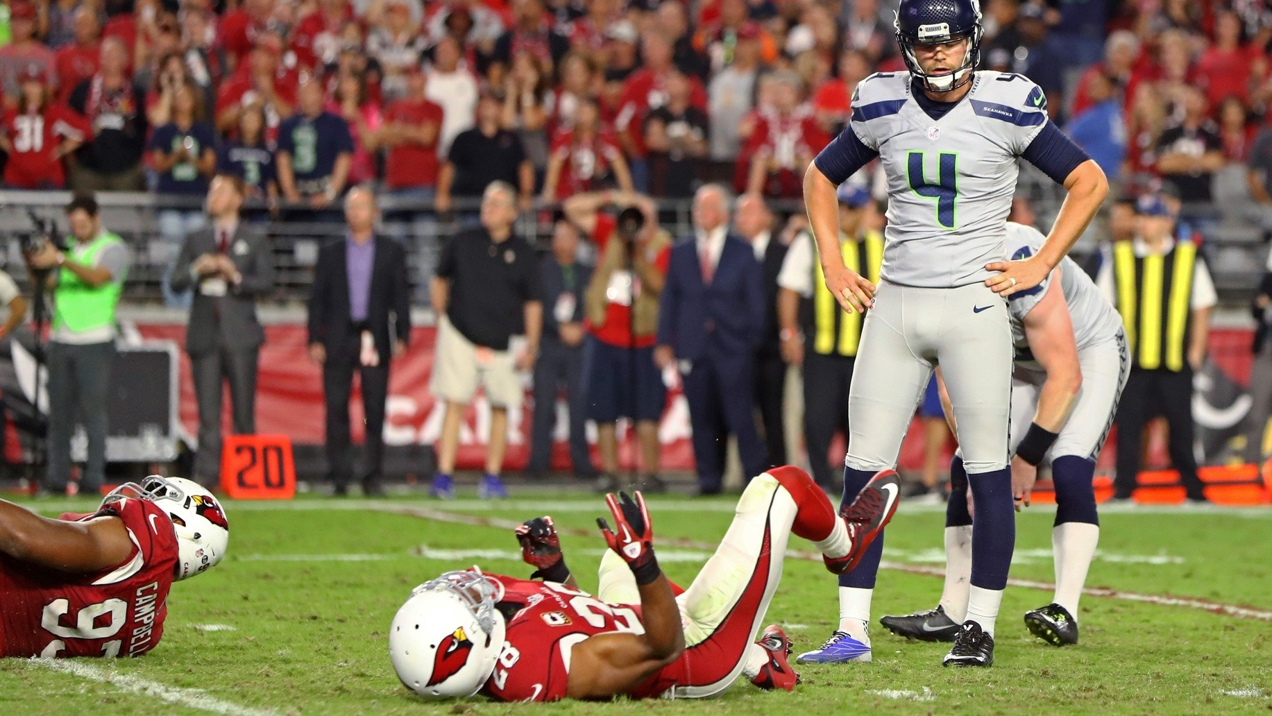 Even a Cardinals-Seahawks Tie Can't Save This Season: Dumb Football with Mike Tunison