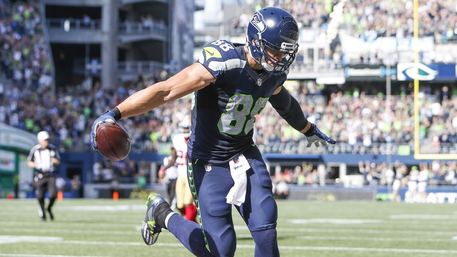 Jimmy Graham Is the NFL s Next Great eback Story VICE Sports