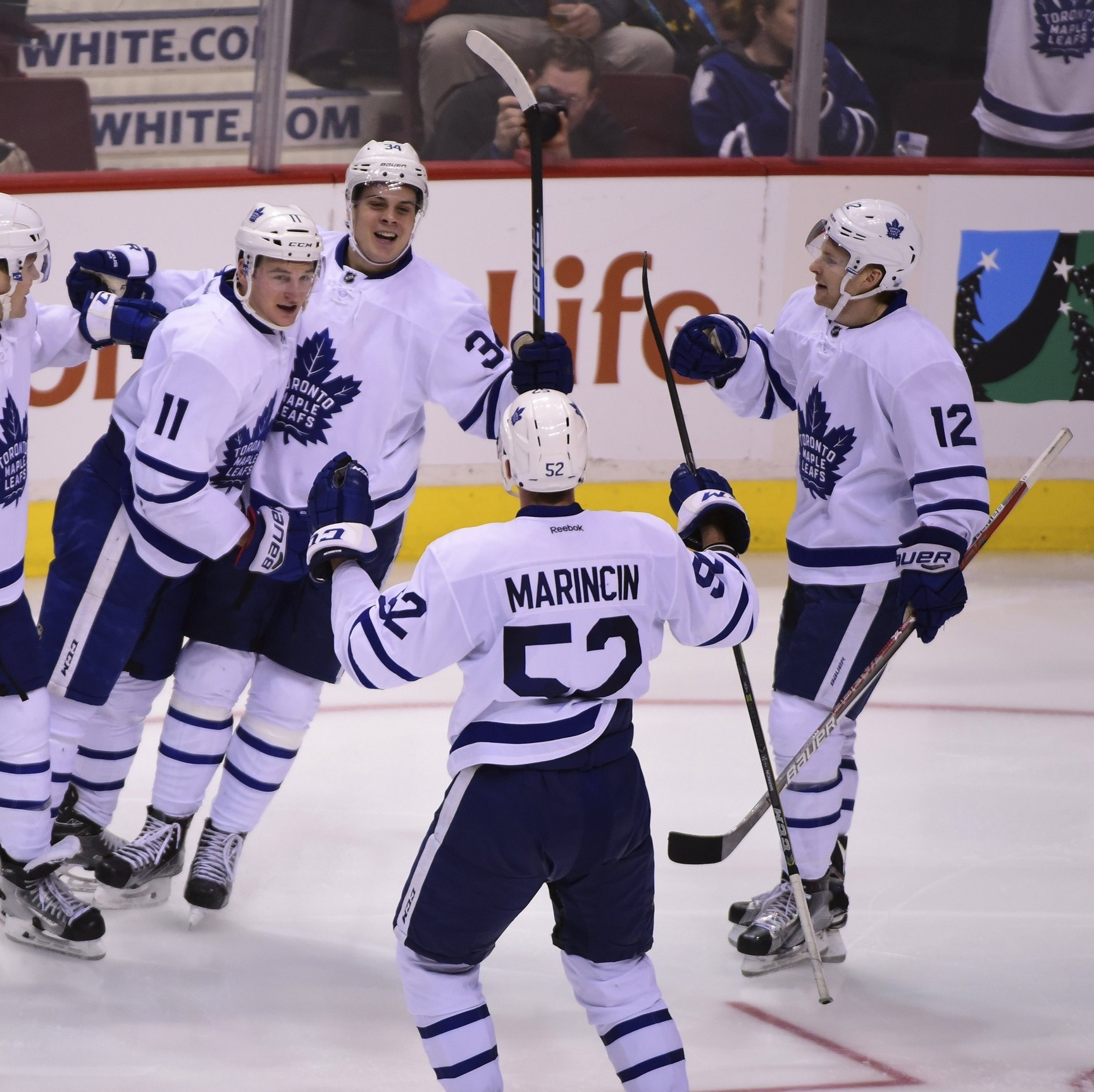 The-toronto-maple-leafs-will-make-the-playoffsmaybe-1481038589.jpg?crop=0.81640625xw:1xh;0