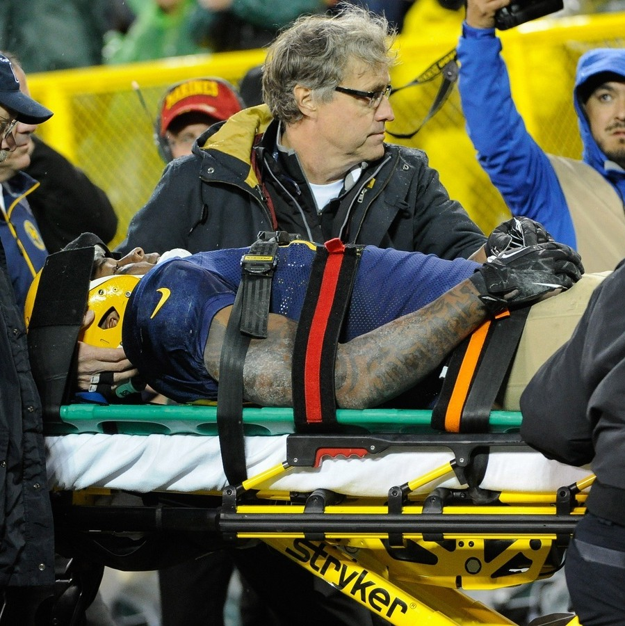 Former-nfl-players-on-the-injuries-that-ended-their-careers-1482442790.jpg?crop=0