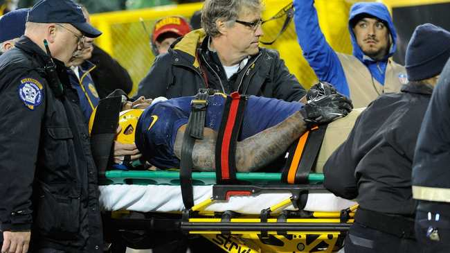Former Nflers Call For End To Tackle >> Former Nfl Players On The Injuries That Ended Their Careers Vice