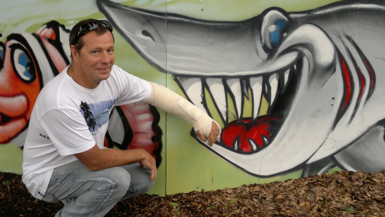 Bite Club: el club de víctimas de ataques de tiburón más exclusivo del mundo
