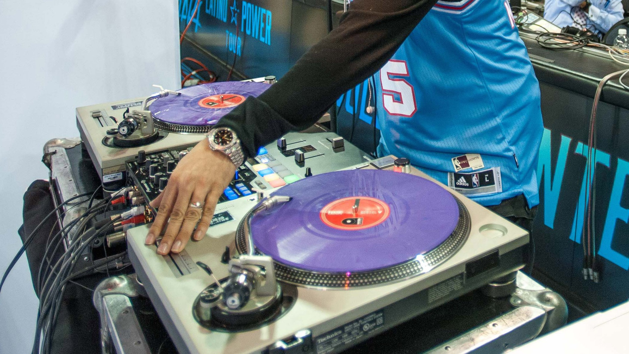 How to DJ an NBA Game: COOKIES 40 with J. Period