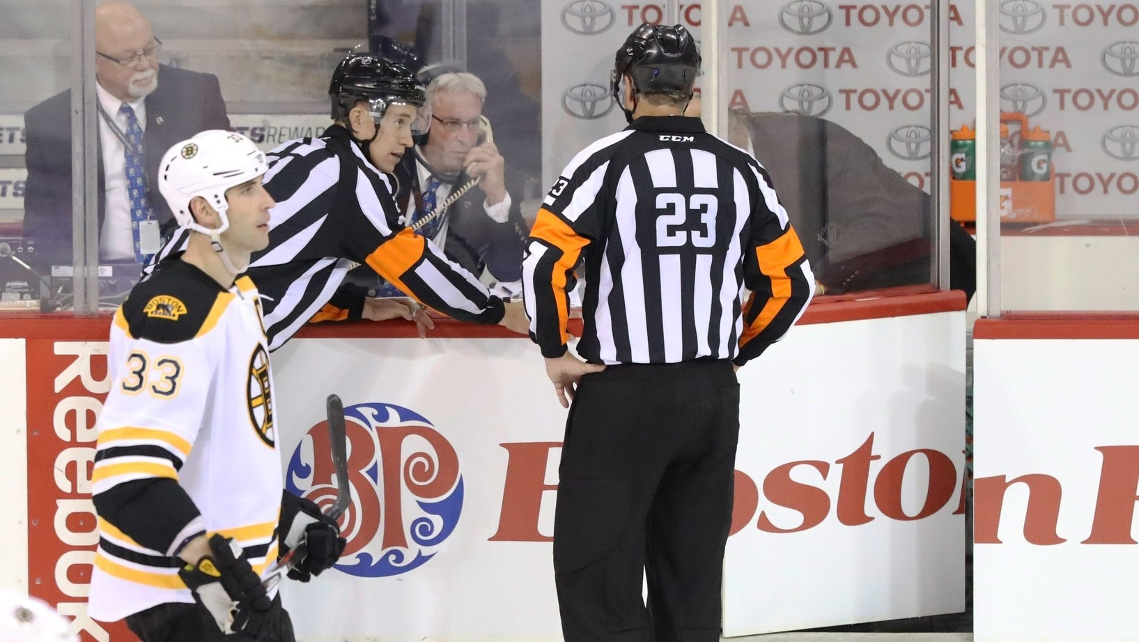 In Defense of the NHL Using Replay to Change Offside Calls