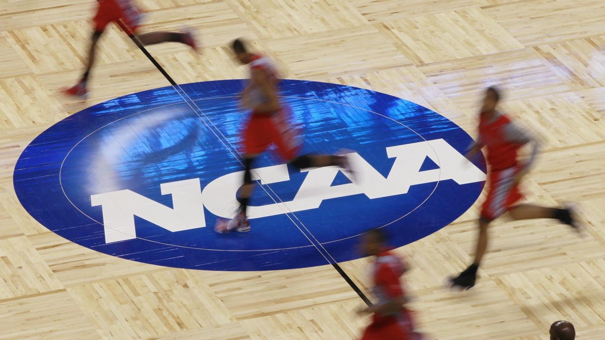 the paying of college athletes Last week an article ran in the huffington post that cited several economists, all affirming that big-time football and basketball colleges had more than enough money in their athletics departments to pay student athletes.