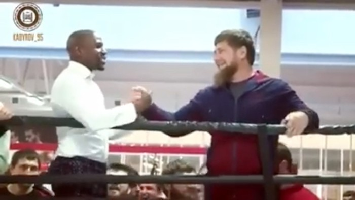 Floyd Mayweather Cozies up to Chechen Dictator, Wants to Fight McGregor in Russia