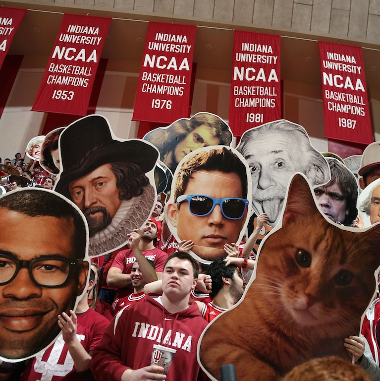 Those-oversized-disembodied-heads-at-college-basketball-games-a-life-story-1490284806.jpg?crop=0