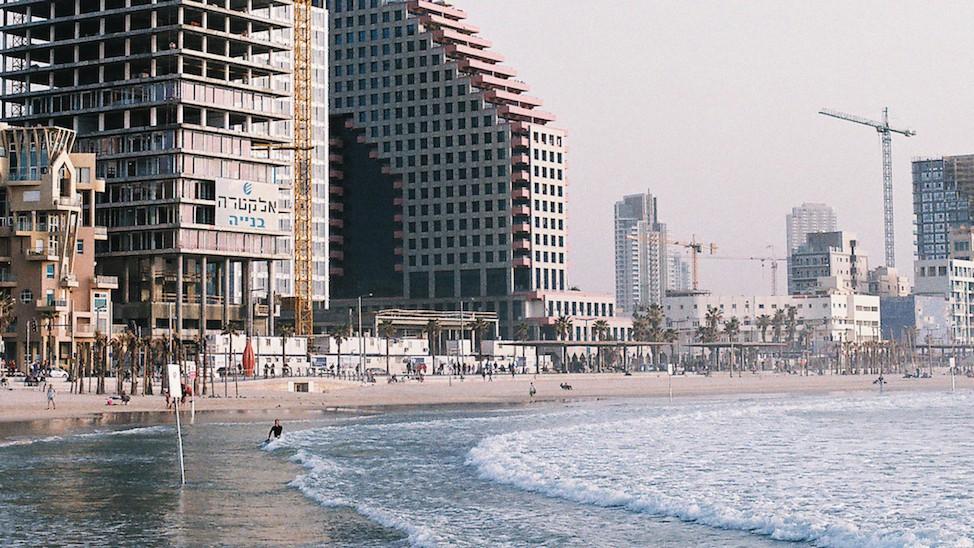 Surfen in israel mit leon glatzer 1492770705.jpg?crop=0