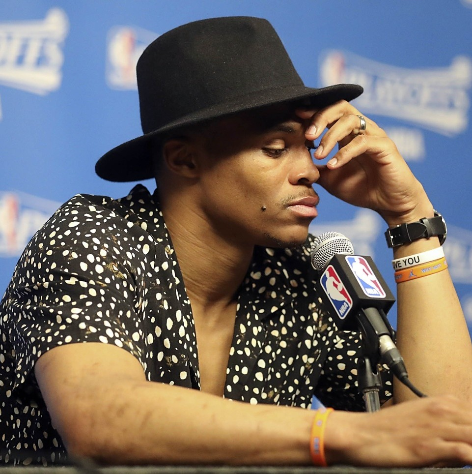 What-should-the-oklahoma-city-thunder-do-with-russell-westbrook-1493229104.jpg?crop=0.6413255360623782xw:1xh;0