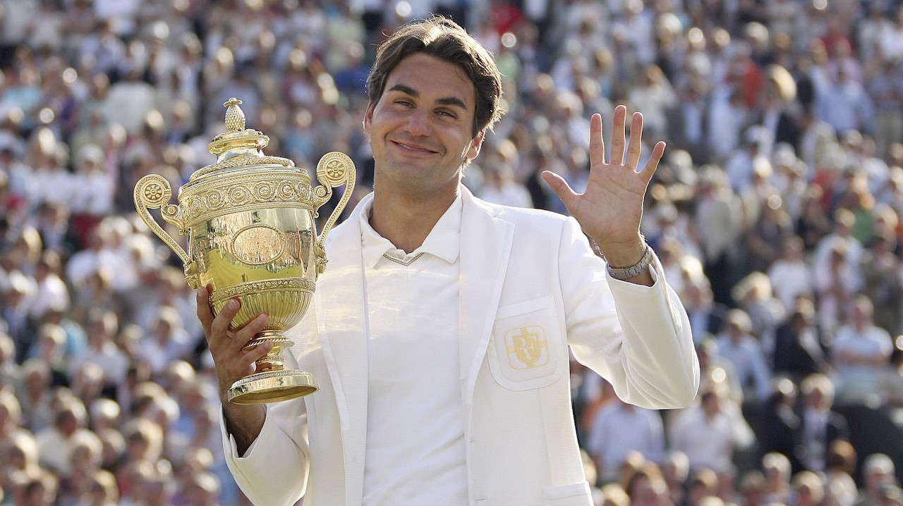Roger Federer Fan Who Woke from 11-Year Coma Shocked Fed Is Still Good
