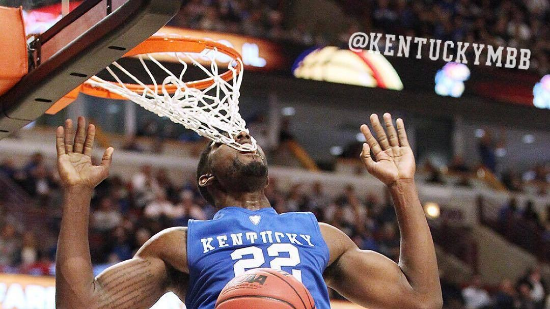 Kentucky's Alex Poythress Gets Tooth Stuck in Net on Otherwise Lovely Alley-Oop