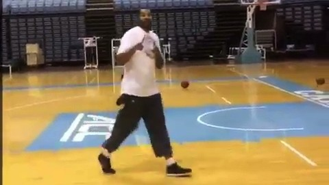 Rasheed Wallace Makes Two Baskets at Once While Wearing What Appear to be Capris
