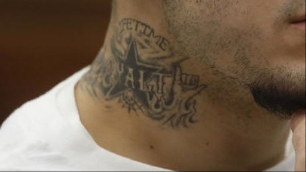 Aaron hernandez might have joined a violence gang vice for Aaron hernandez neck tattoo meaning