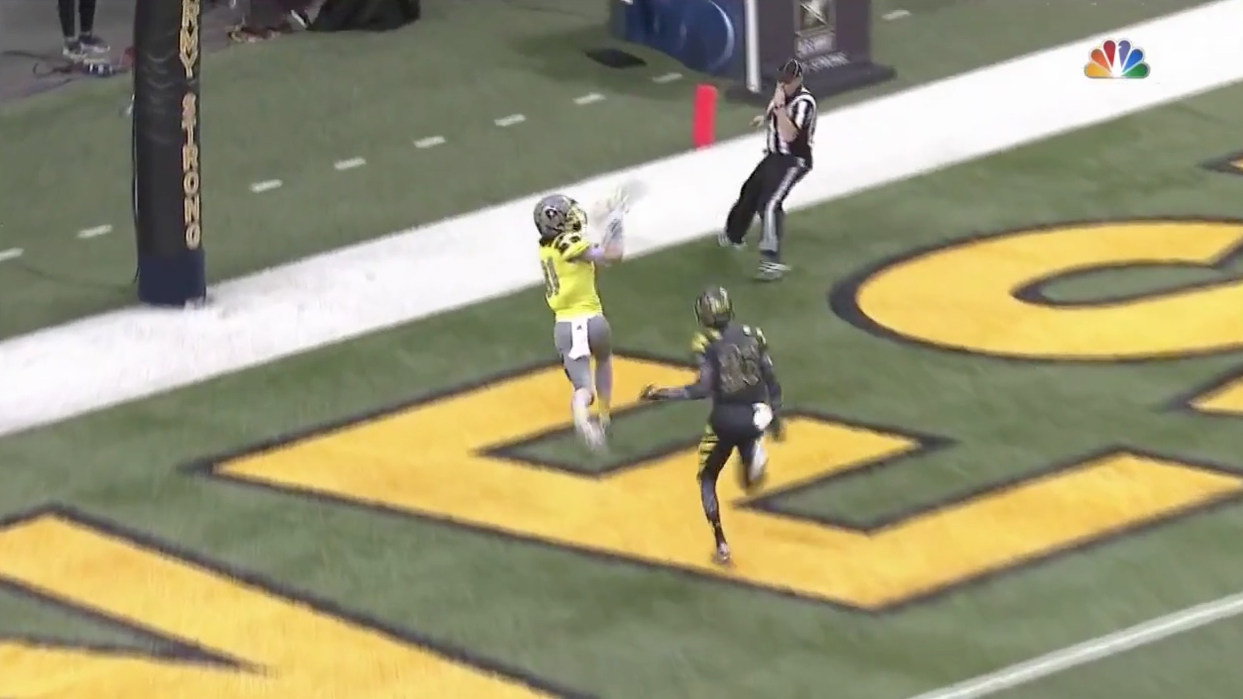 U.S. Army All-American West Serves Up a Nasty Double-Reverse Flea Flicker for a 35-Yard TD